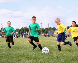 team-of-young-footballers-1493006_1280
